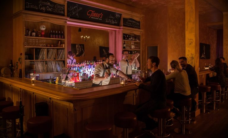 TORRIO´S American Bar Lübeck copy; www.torrios.com