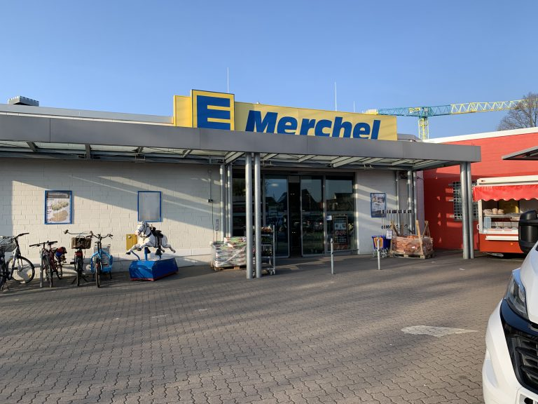 Edeka Merchel Eingang